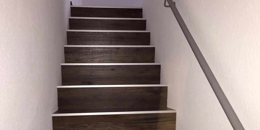 bodenrenovierung laminat verlegen ber zwei etagen. Black Bedroom Furniture Sets. Home Design Ideas