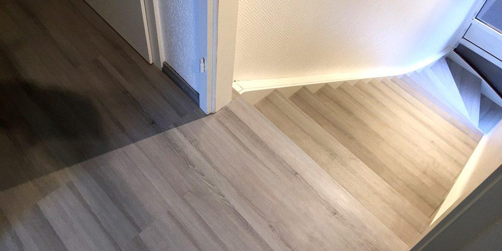 Nahtloser Anschluss von Treppe und Boden mit trenovo