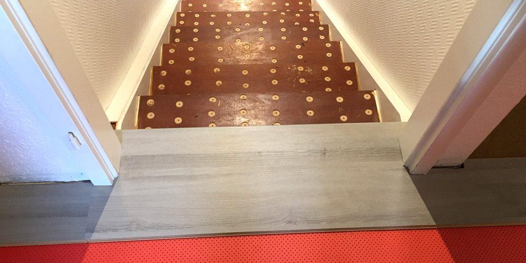 Fließender Übergang/Anschluss des Laminats für Treppe und Boden