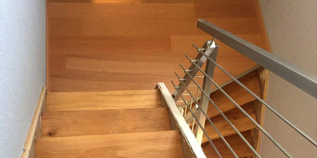 Parkett auf Treppenabsätze geklebt | Parkett Remel aus Datteln