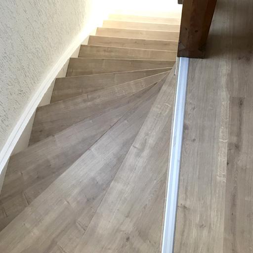 Treppe mit Trenovo renovieren