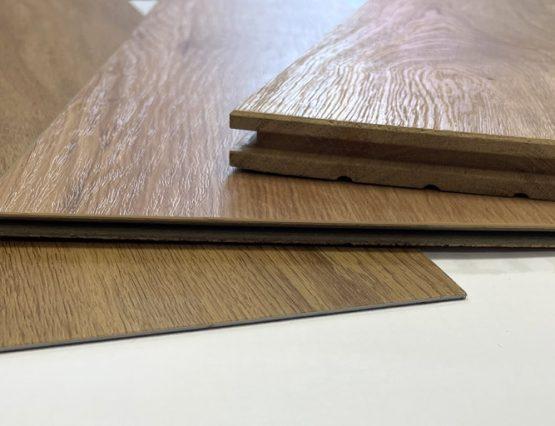 Die Aufbauhöhe von Bodenbelag variiert bei den verschiedenen Belägen